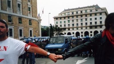 A 15 anni dal G8 di Genova, il reato di tortura in Italia resta ancora un miraggio