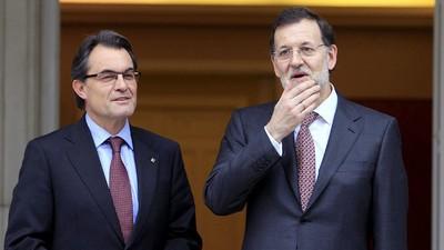 Qué piensan los militantes del PP sobre el pacto con los nacionalistas catalanes y vascos