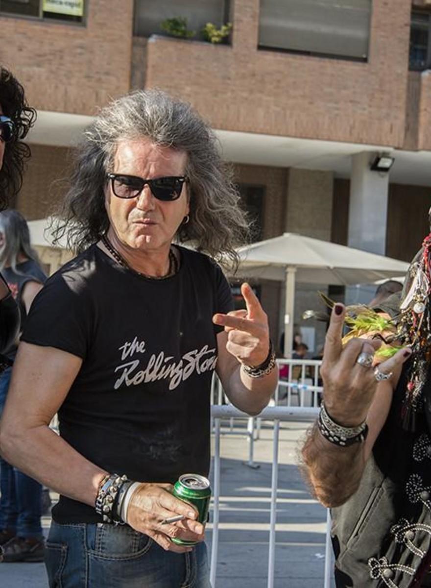 Billeder af gamle metalhoveder til Iron Maiden-koncert