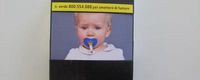 Abbiamo analizzato le nuove immagini traumatizzanti sui pacchetti di sigarette