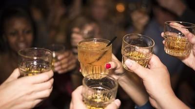 S-a dovedit că și consumul de alcool îți dă cancer