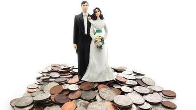 Cum să-ţi faci nunta dacă eşti tânăr şi falit