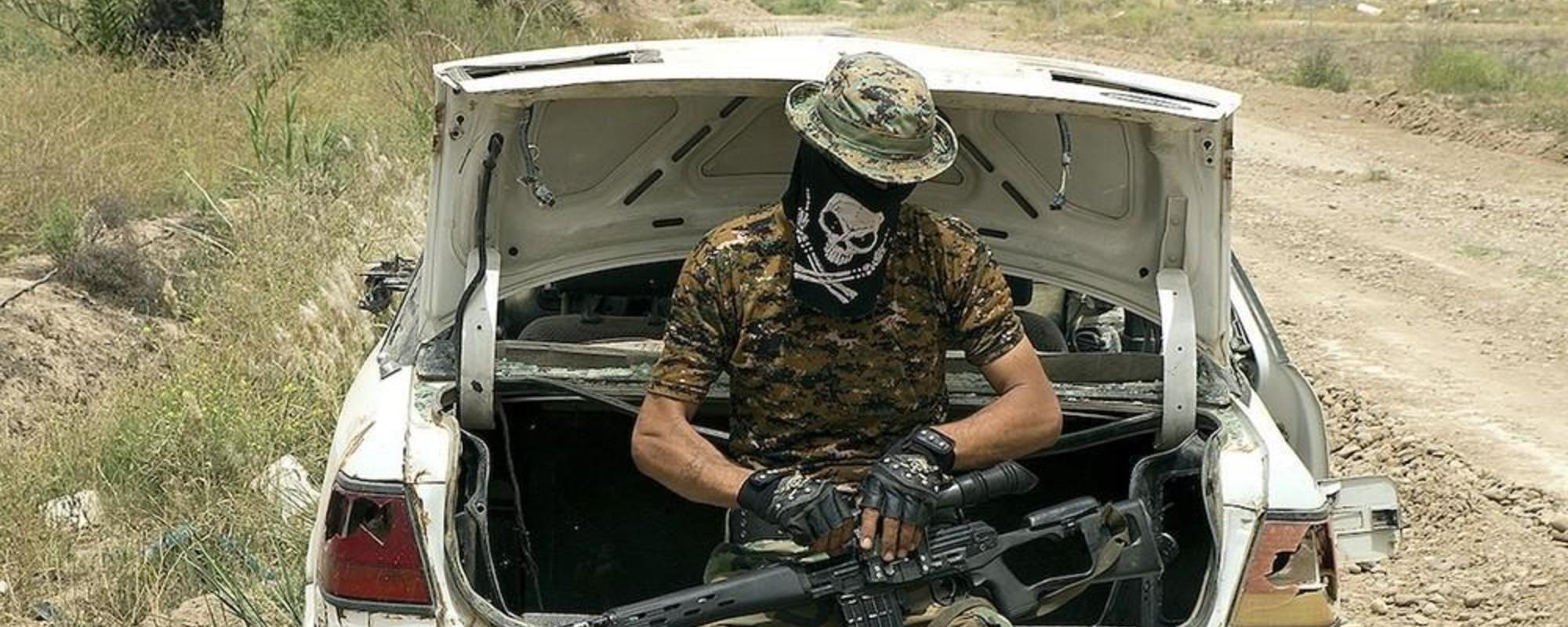 Zdjęcia ludzi, którzy rzucili pracę, by walczyć z ISIS