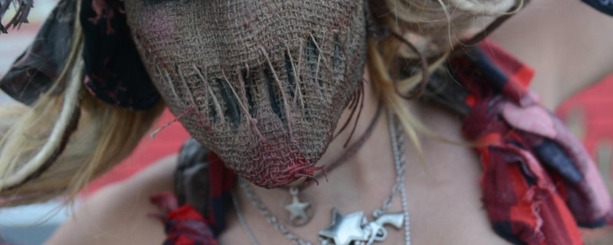 Fotografii cu monștrii de la întâlnirea anuală a clovnilor nebuni