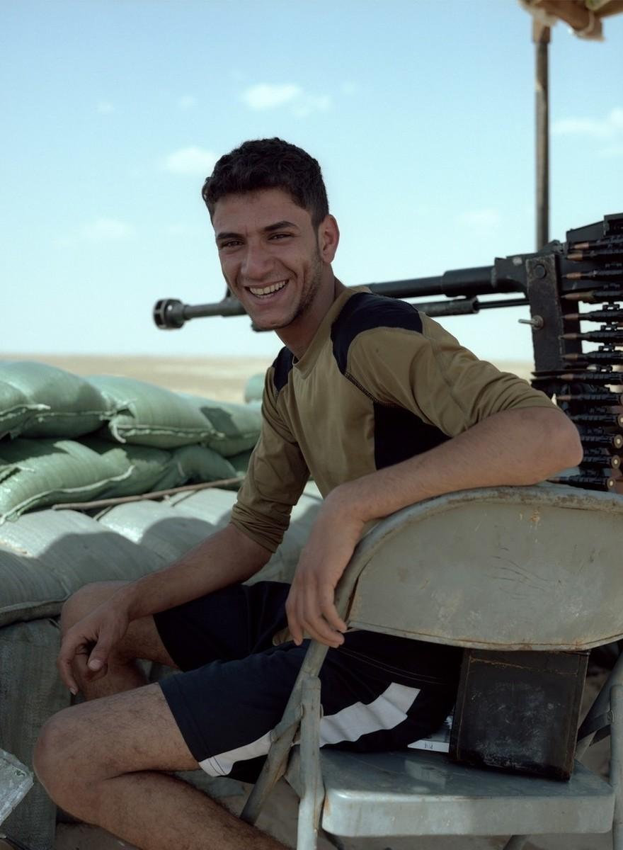 Foto's van de militiemannen die hun baan opzegden om tegen IS te vechten in Irak