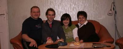 Tinerii români ne-au povestit cum e când îi cunoști pentru prima dată părinții partenerului