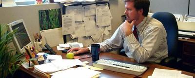 Нежданчик! Работа в офисе убивает вас медленно, но верно.