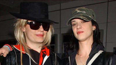 The Bizarre Story of JT Leroy, the World Famous Author Who Didn't Exist