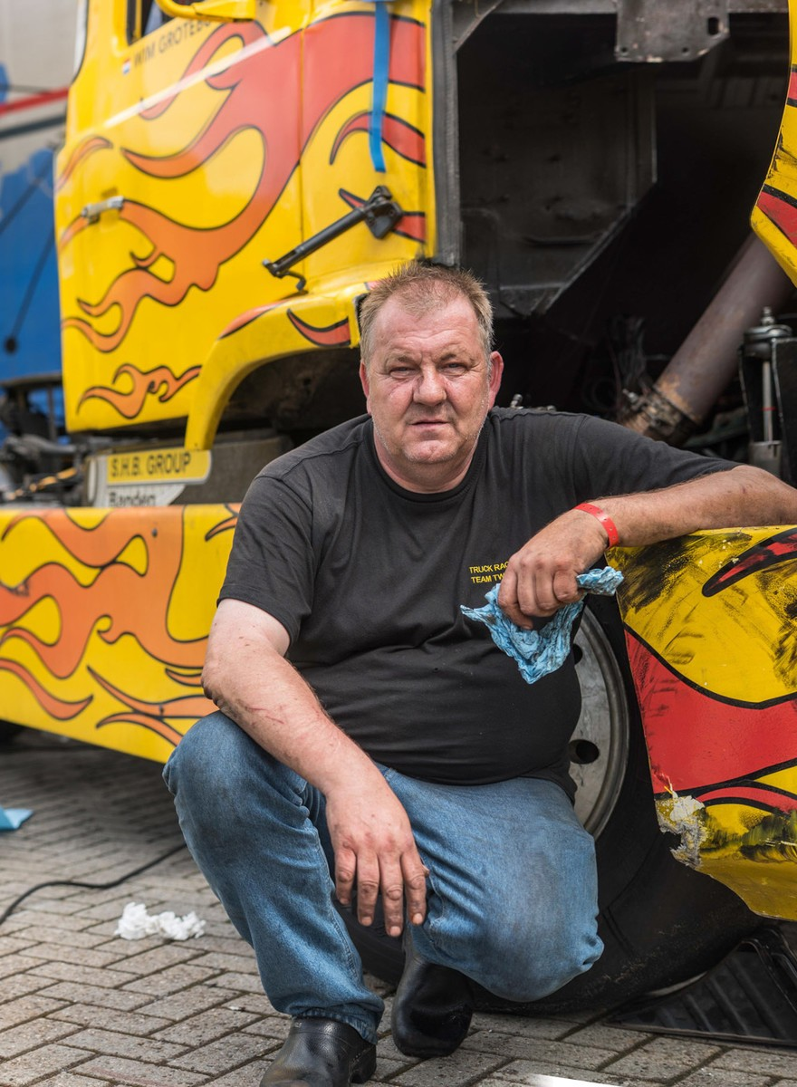 Portretten van trotse truckers bij het Truckstar Festival in Assen