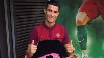 De ce s-a transformat Cristiano Ronaldo în vânzător de pături