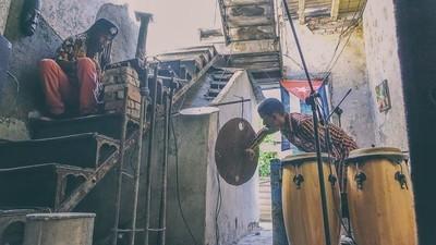 ¿Cómo se hace música en Cuba sin equipos ni internet?