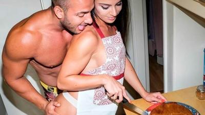 Un día y una noche con la pareja de estrellas porno más famosa de Grecia