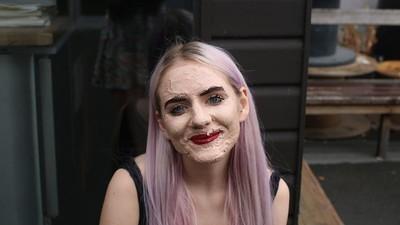 Me puse 100 capas de maquillaje en la cara