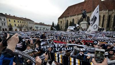 Povestea Universității Cluj îți arată că istoria unei echipe de fotbal o scriu suporterii
