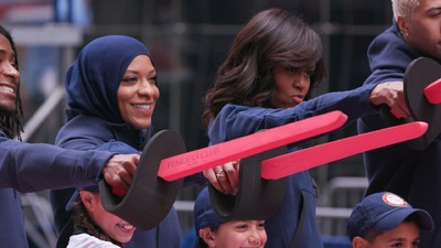 We Talked to Olympic Fencer Ibtihaj Muhammad About Dealing with Islamaphobia