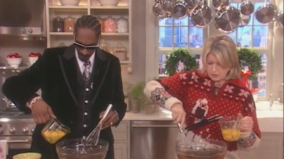 Martha Stewart and Snoop Dogg Are Teaming Up for a New VH1 Cooking Show