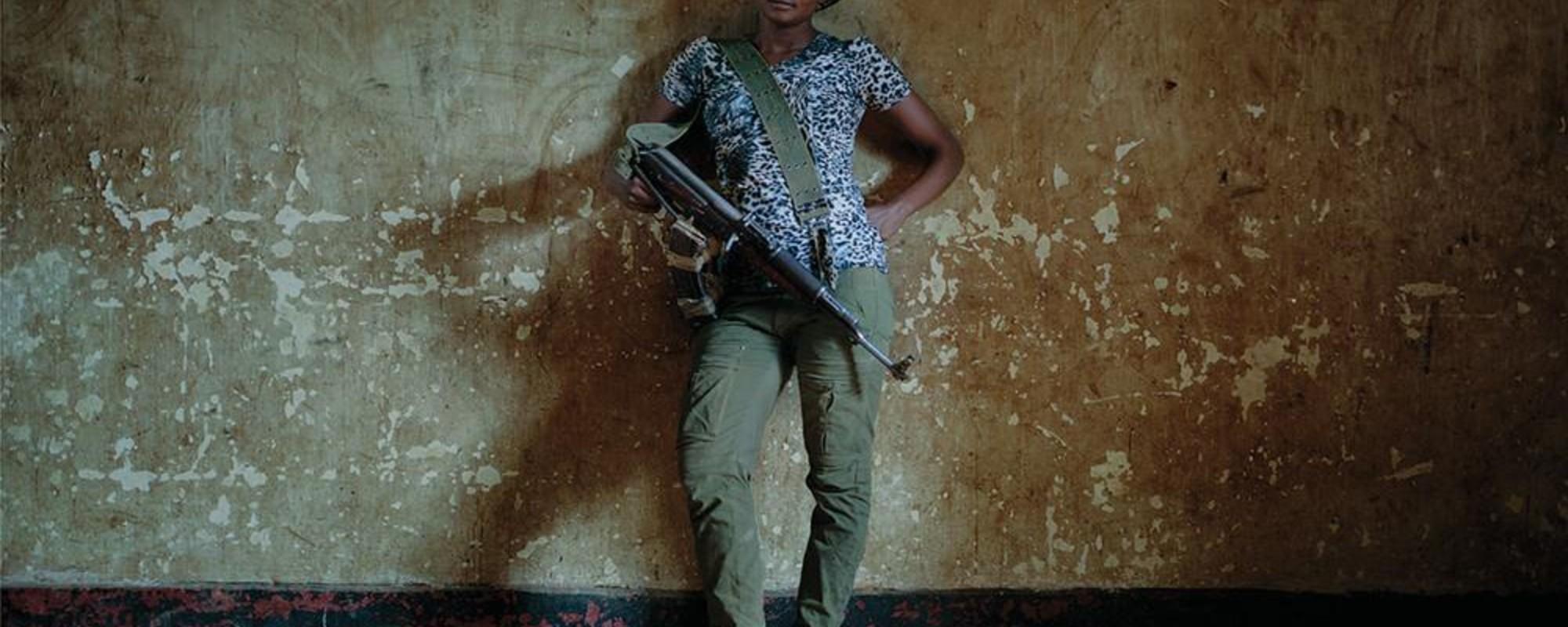 Billeder af Congos vidt forgrenede folkemilits