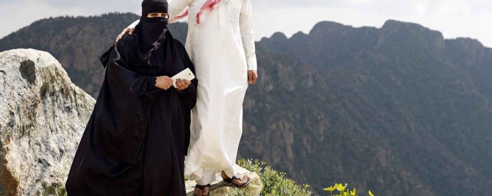 Billeder fra et kontrastfyldt Saudi-Arabien i rivende udvikling