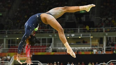 Should Gabby Douglas Be in the All-Around Final Tonight?