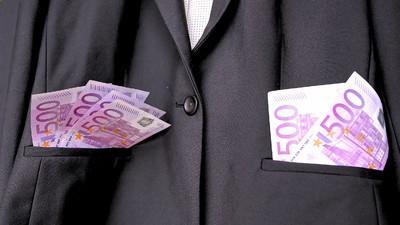 Ein Stadtrat der rechten Partei PRO-NRW verkaufte sein Mandat an einen Kollegen