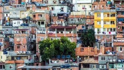 In de favela's van Rio eten ze de restjes uit het olympisch dorp
