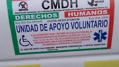 El fraude de las calcomanías para circular todos los días en México