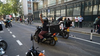 Striking Deliveroo Riders Have Won Concessions from Management