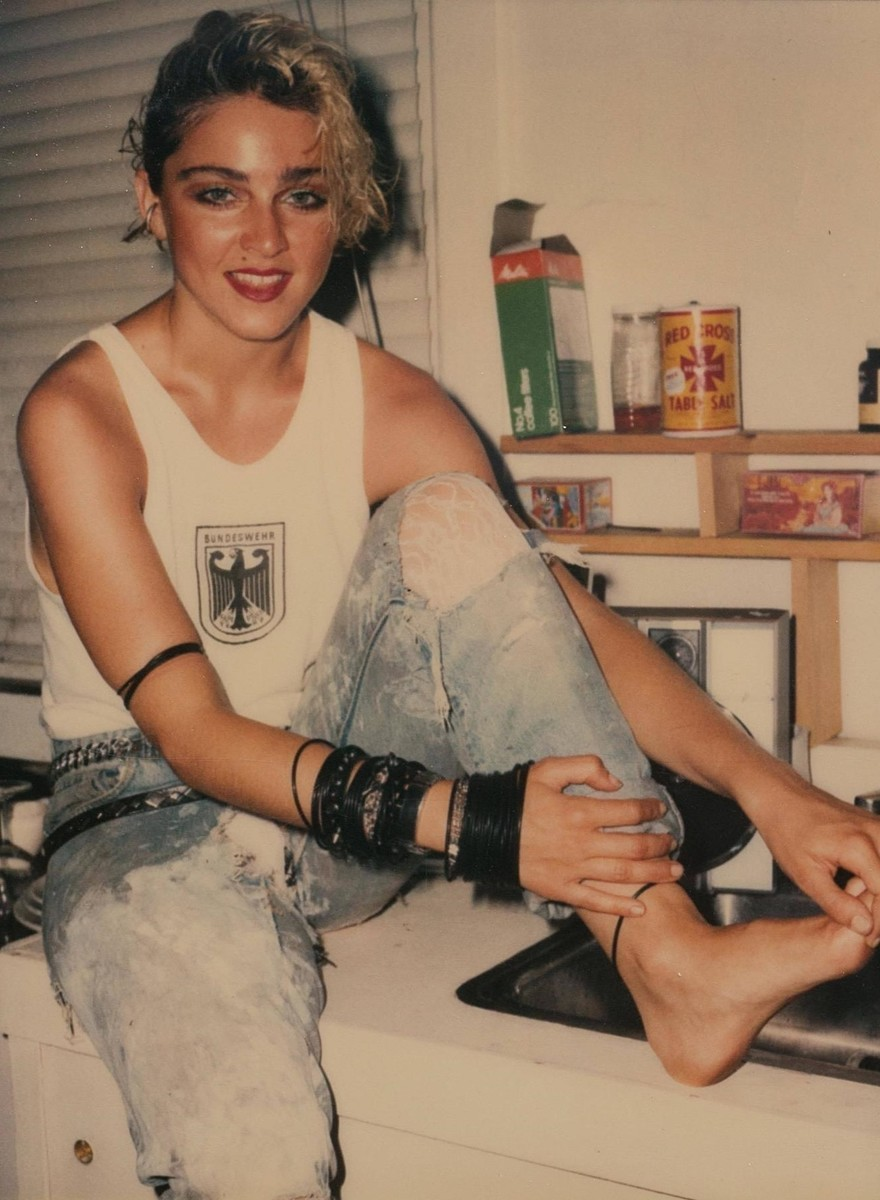 Nově objevené Polaroidy Madonny na pokraji slávy z roku '83