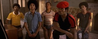 """A figurinista de """"The Get Down"""" fala sobre sapatilhas e estilo vintage nos primórdios do hip-hop"""
