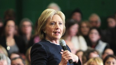 Hillary Clinton Is Asking Chefs to Endorse Her with Recipes