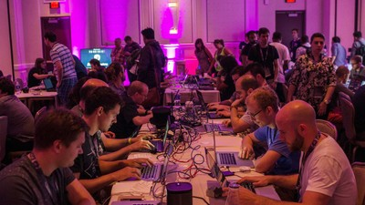 72 Hours of Pwnage: A Paranoid N00b Goes to Def Con