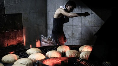 How Syrian Bakers Are Making Bread Against All Odds