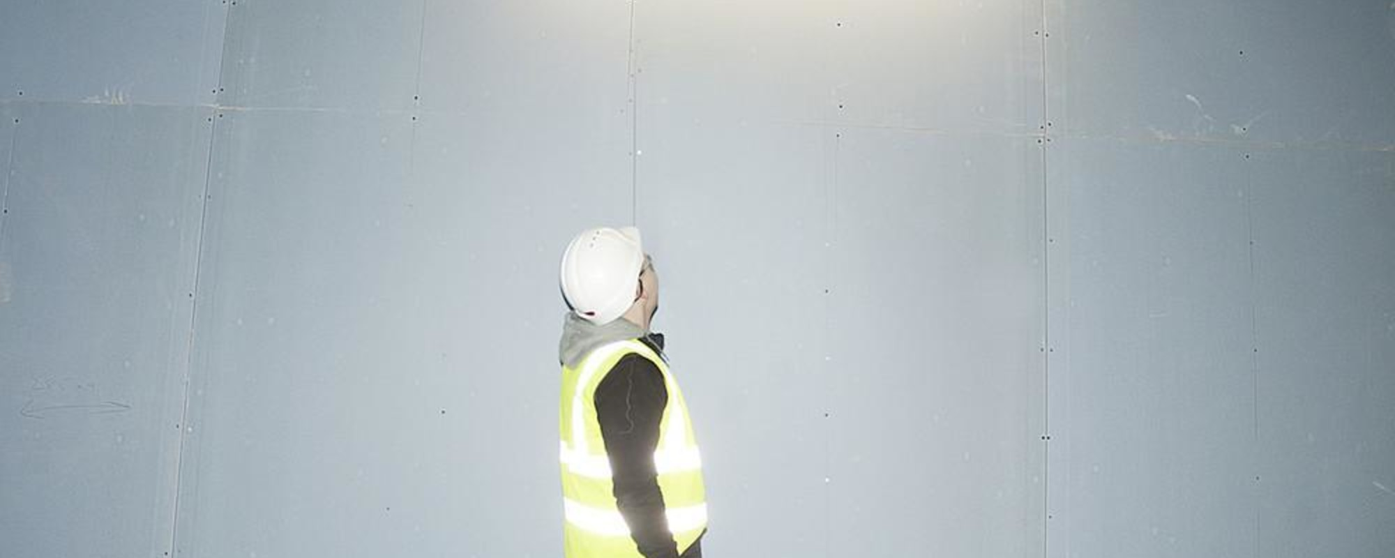 Weird, Brightly Lit Photos of London's Eastern European Construction Workers