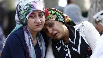Menino-bomba do Estado Islâmico seria responsável pelo ataque que matou 51 pessoas num casamento na Turquia