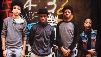 """Bem-vindos a """"The Get Down"""": as 55 músicas mais tocadas pelos DJs do Bronx nos anos 70"""