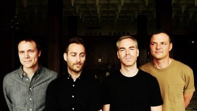 O American Football anunciou um álbum novo e lançou sua primeira faixa em 17 anos