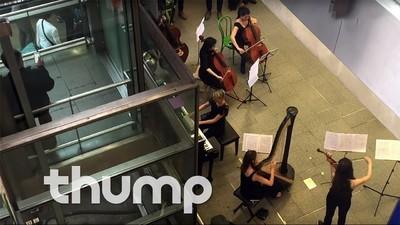 Femeia care a pus bazele Orchestrei Electronice din Londra