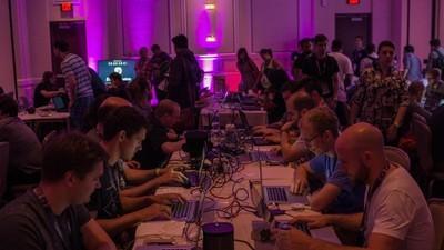Relatos de um n00b paranoico na Def Con, a maior feira hacker do mundo