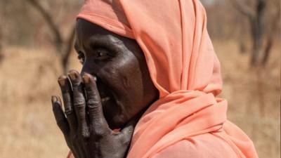 Sådan overlever kvinderne vold og hungersnød i det krigshærgede Sudan