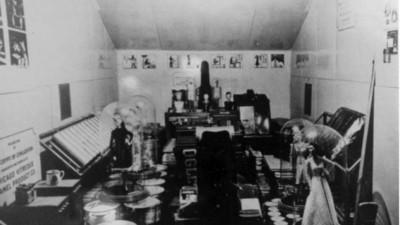 Ein Blick ins Zeitkapsel-Zimmer, das erst in 6.000 Jahren geöffnet werden darf
