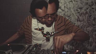 O novo livro do DJ /rupture fará você questionar tudo o que sabe sobre a música na era da internet