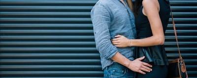 Ερευνητής Λέει ότι οι Γυναίκες Είναι Εξελικτικά Προγραμματισμένες να Απατούν