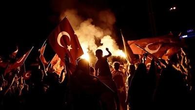 Povestea unei turcoaice care s-a întors în țara lui Erdogan și nu mai recunoaște nimic