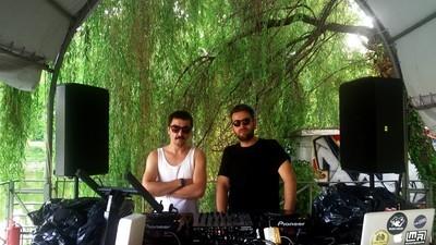 Mixul ăsta îți arată atmosfera din cel mai cool loc nou din București