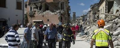 Μια Ψυχολόγος Έκτακτης Ανάγκης Εξηγεί Πώς Προσφέρει Βοήθεια στα Θύματα του Σεισμού της Ιταλίας