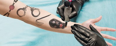 Meet the Kinky Couples Who Get Turned on by Tattooing Each Other