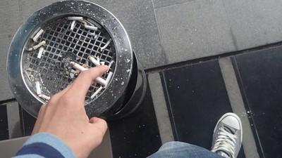 Am fost la fumoarele instituțiilor publice din București, să ascult ce vorbesc angajații la stat