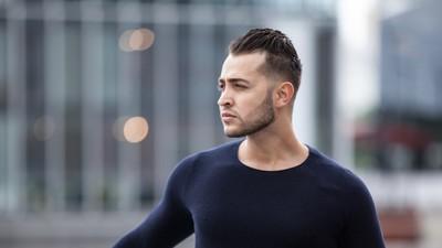Wir haben den 19-jährigen Flüchtling getroffen, der in Deutschland Pornos dreht