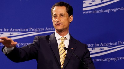 Huma Abedin Is Leaving Anthony Weiner Following His Latest Sexting Scandal