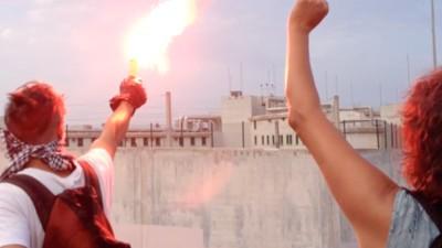 Avec le militant anarchiste condamné à deux mois ferme pour avoir menacé de mort un flic